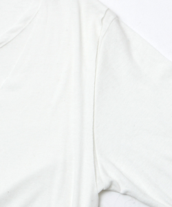 BACK NECK PRINT LAYERED L/TEE [WHITE]