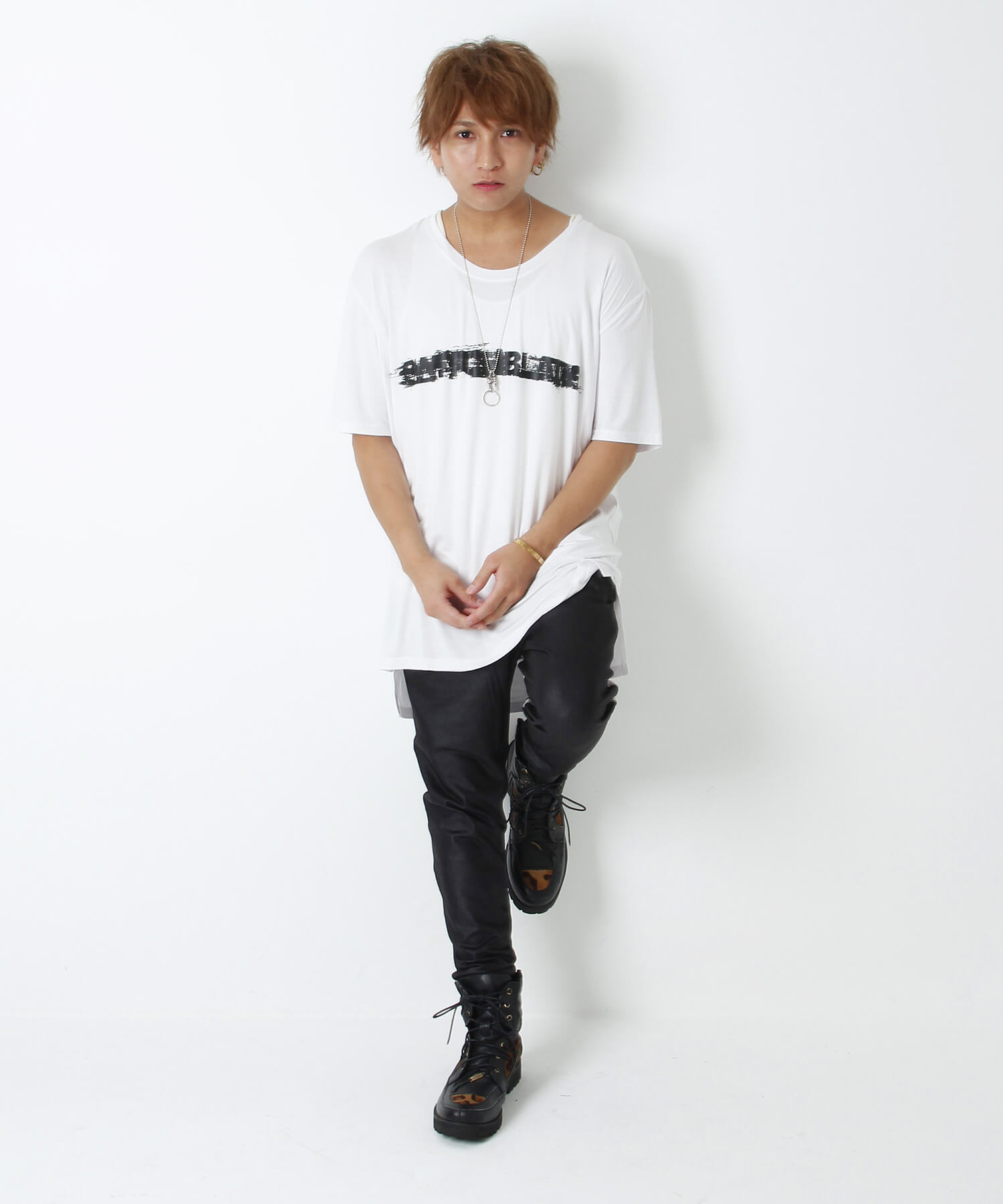 KEEP A KNIFE TEE [WHITE]