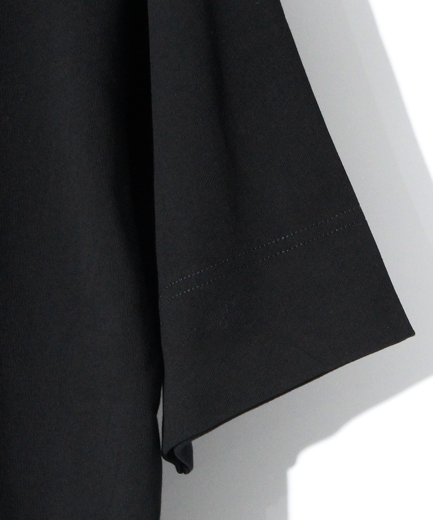 H.K.M.H LAYERED TEE [BLACK]
